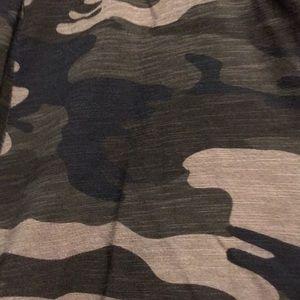 Sanctuary green camo long sleeve tee shirt